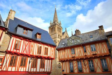 Vannes, Bretagne, Morbihan, Cathédrale et maisons à colombage, place Henri 4