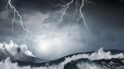 Sztormowa pogoda na morzu