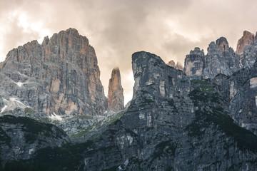 Dolomiti di Brenta,paesaggio alpino