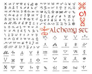 Duży zestaw symboli alchemicznych na białym tle. Ręcznie rysowane elementy projektu.