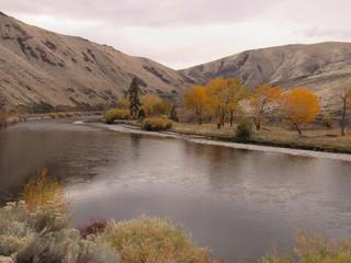 fall on Yakima River