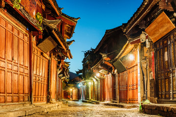 Noc widok Dayan antycznego miasta ulica w Lijiang, Yunnan, Chiny