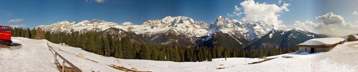 Campiglio, dolomiti di Brenta dalla malga ritorto, panorama a 360°