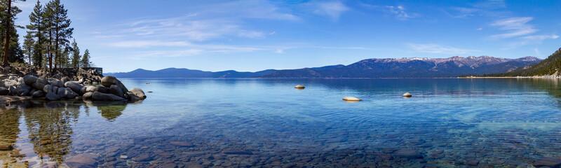 Jeziorna Tahoe góry krajobrazu panoramiczna scena w Kalifornia