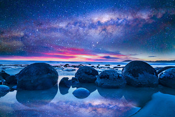 Milkyway at boulder moeraki, New Zealand