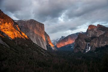 Sonnenuntergang Yosemite (Tunnel View)