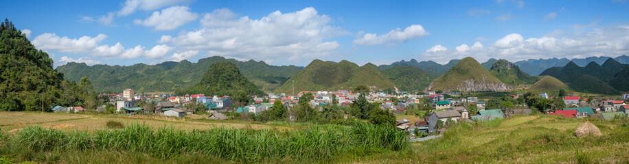 Panoramique sur les collines de Tam Son, Vietnam.