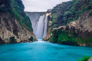 Wodospad Tamul - San Luis Potosi