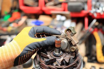 Naprawa, serwis alternatora, wymiana szczotek.
