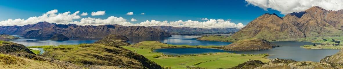 Skalista góra i Diamentowy jezioro w Mt Aspiruje parku narodowym, Wanaka, Nowa Zelandia