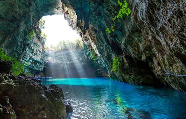 Sławny melissani jezioro na Kefalonia wyspie - Grecja