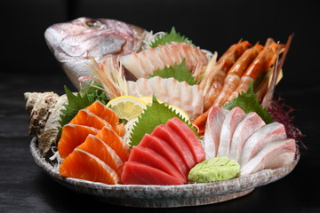 Red Snapper Whole Fish Sashimi Combo Plate