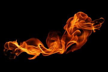 ruch płomieni ognia na białym na czarnym tle.