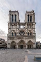 Romantic attractions of Paris