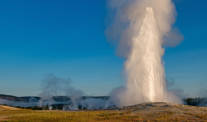 Erupcja gejzeru