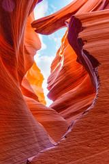 Antelope Canyon to kanion szczelinowy w południowo-zachodniej części Ameryki.