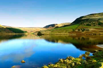 Dovestone Reservoir in the winter sunshine
