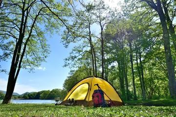 初夏・湖畔のキャンプ