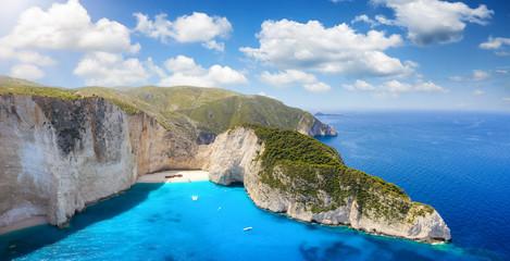 Powietrzna panorama piękna wrak plaży Navagio na wyspie Zakynthos, Grecja, w lecie