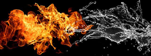 ぶつかり合う炎と水