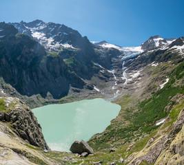 Triftgletscher mit Triftsee in den Schweizer Alpen bei Gadmen