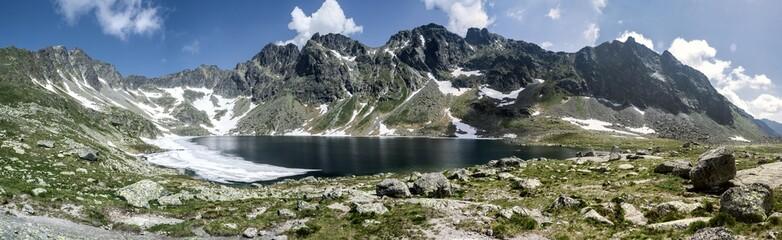 Veľké Hincovo pleso in Hight Tatras
