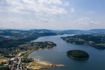 Jezioro rożnowskie- Piękny krajobraz z lotu ptaka - nowy sącz