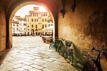 Zachód słońca w Lucca, Włochy