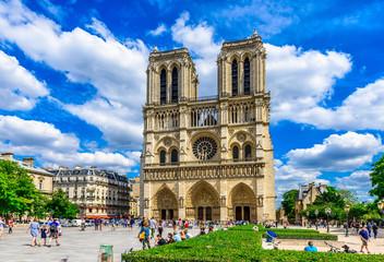 Katedra Notre Dame w Paryżu, Francja