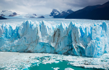 Vertical edge of glacier Perito Moreno