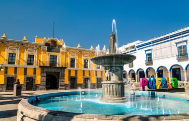 Fontanna i Teatro Principal w Puebla, Meksyk