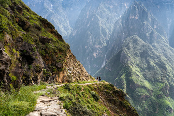 Tiger leaping gorge mountain hiking in China