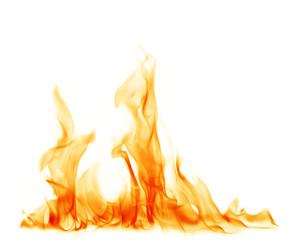 Ogień płonie na białym tle.