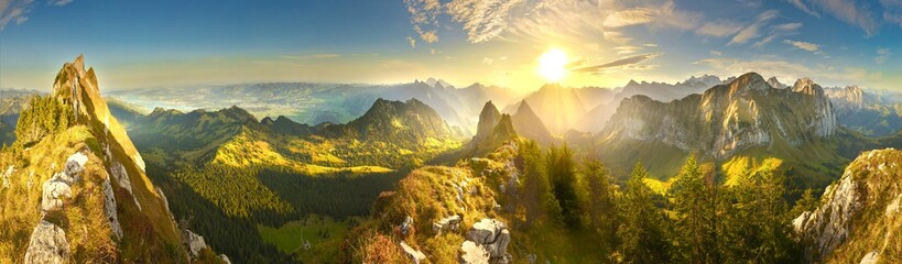 Great panoramic view of morning mountains in Switzerland with Lake Zürich and many tops in autumn