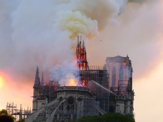 Notre Dame de Paris burning the 15th april 2019.