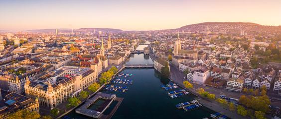 Widok z lotu ptaka Zurich i Rzeczny Limmat, Szwajcaria