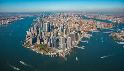 Widok z lotu ptaka na panoramę Nowego Jorku z helikoptera.