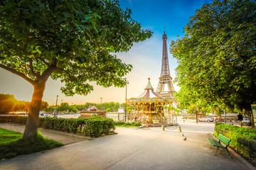 eiffel tour i Trocadero w Paryżu
