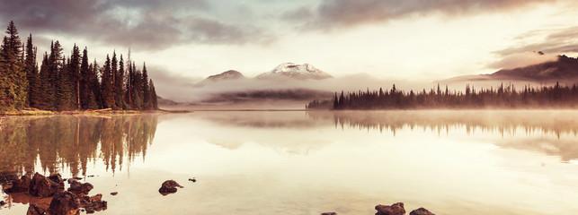 Jezioro w stanie Oregon