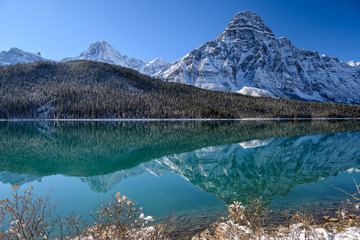 Scenic view of the Waterfowl lakes with the surrounding mountains on the Icefields Parkway in Banff National Park