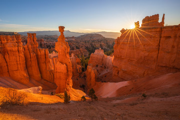 Sunrise Sunstar at Thors Hammer in Bryce Canyon National Park