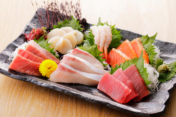 刺身の盛り合わせ Japanese plate of Assorted Sashimi