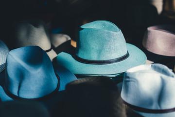 sombrero azul para hombre