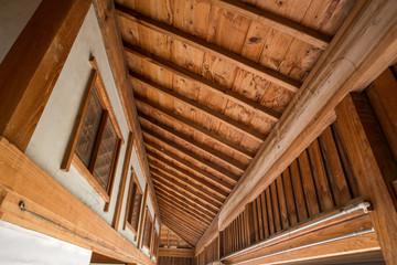 古民家の縁側の天井