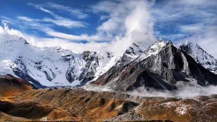 Himalaya mountains glaciers Himalayas hiking trail in autumn Nepal