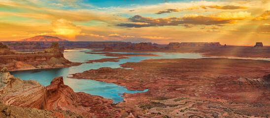 Lake Powell dusk landscape, Utah/Arizona, USA.
