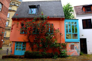 colourful house with flowers up the side in bremen
