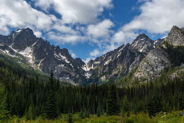 Grand panorama of the enchantments mountain range in central washington