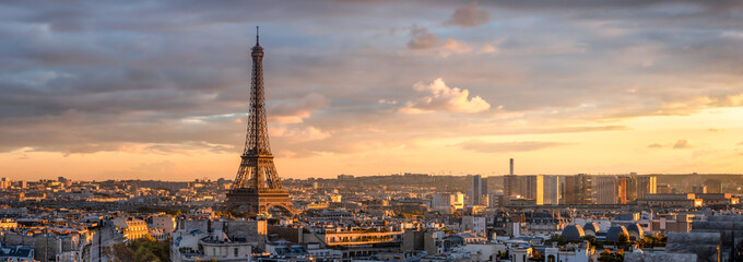 Panoramic view of the Paris skyline with Eiffel Tower