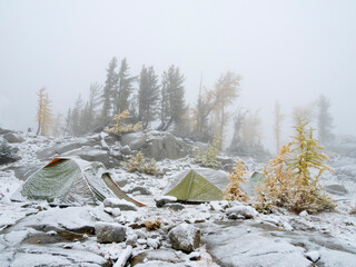 USA, Washington State. Alpine Lakes Wilderness, Enchantment Lakes, Snowy camp site